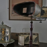 Stereoscope with pictures of the Knysna Heads in Millwood House at the Knysna Museum