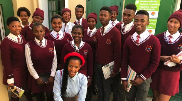 Tourist guide, Thandokazi Anita Best, Hashtag Tours, tours of Knysna, with pupils from Percy Madala High School
