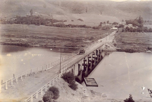 Knysna River, Concrete Bridge (second bridge) ca 1915