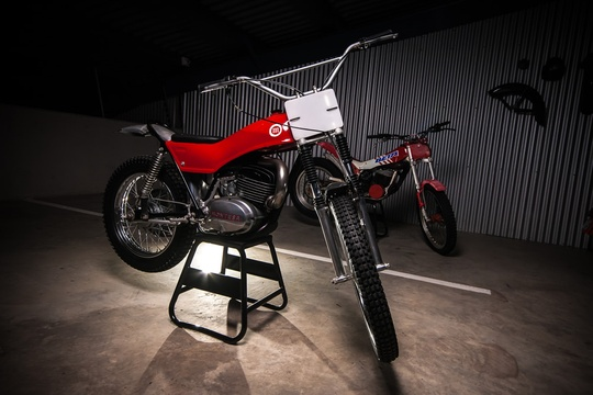 The Motorcycle Room Knysna - Montesa Cota 125
