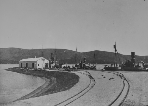 Knysna, Knysna Harbour, government wharf, government warehouse circa 1920